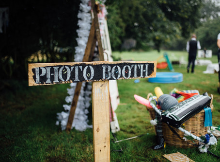 Festival Wedding Tips: How to make a DIY Photo Booth