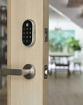 commercial-locksmith-1-800x850.jpg
