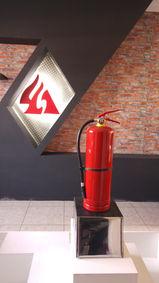 Pedestal Extintor Chico Acero Inox.