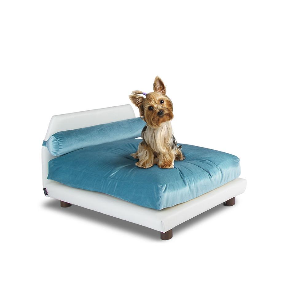 Club Nine Velvet Dog Bed