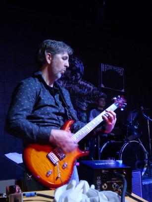 Chris Weyand, Guitar