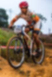 http://delreyesportes.com.br/2018/06/25/ciclista-athos-martins-se-destaca-na-copa-brasil-de-paraciclismo/