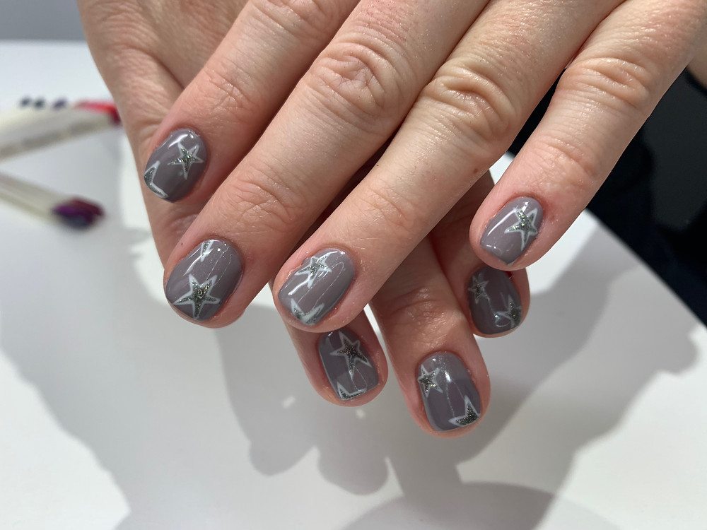 grey and white glittery nail art manicure at home by lg nails london