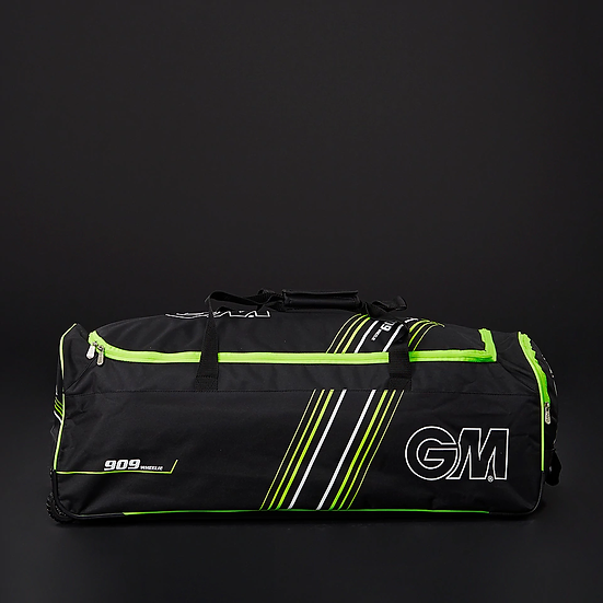 GM 909 Wheelie bag