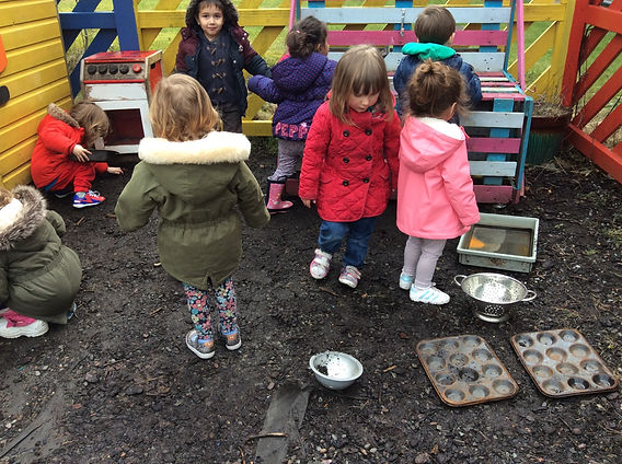 Mud kitchen madness