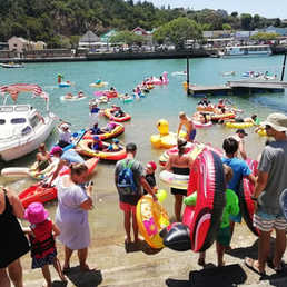 The Annual Anything That Floats on the Kariega River from Bells Cove to Kariega River Mouth. Lookout for those adventurous enough to build their own craft! You can purchase a variety of floats ranging from tubes, swans, flamingos to little blow-up airplanes from local Kenton shops. Cansa are on hand to provide free sunscreen to participants.
