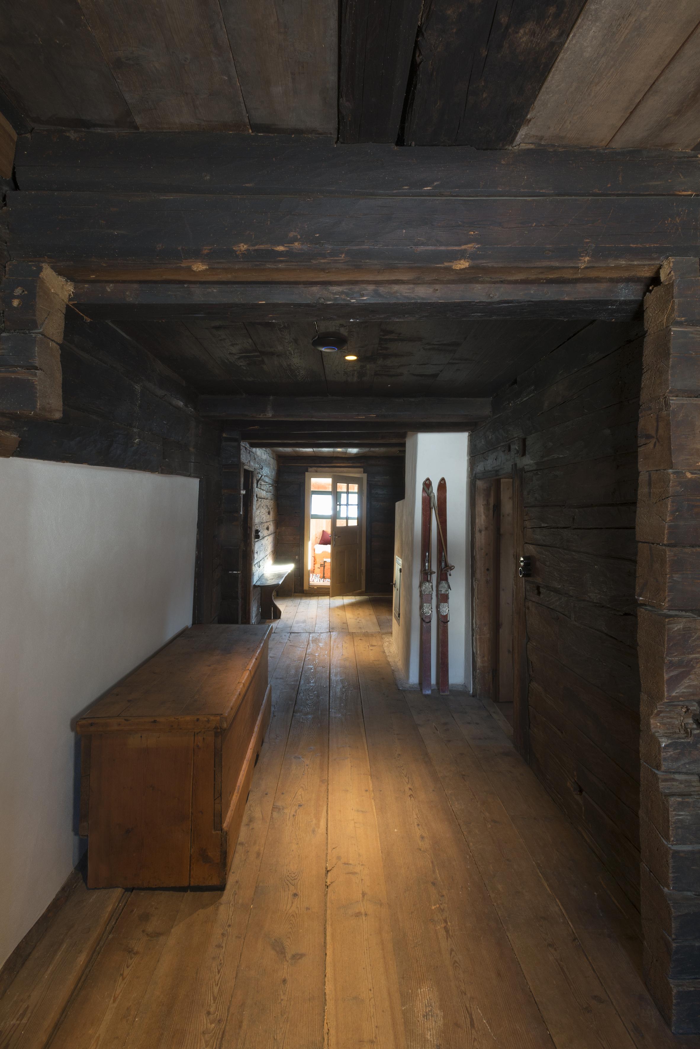 Corridor (floor 1)