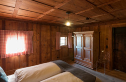 Omi's room
