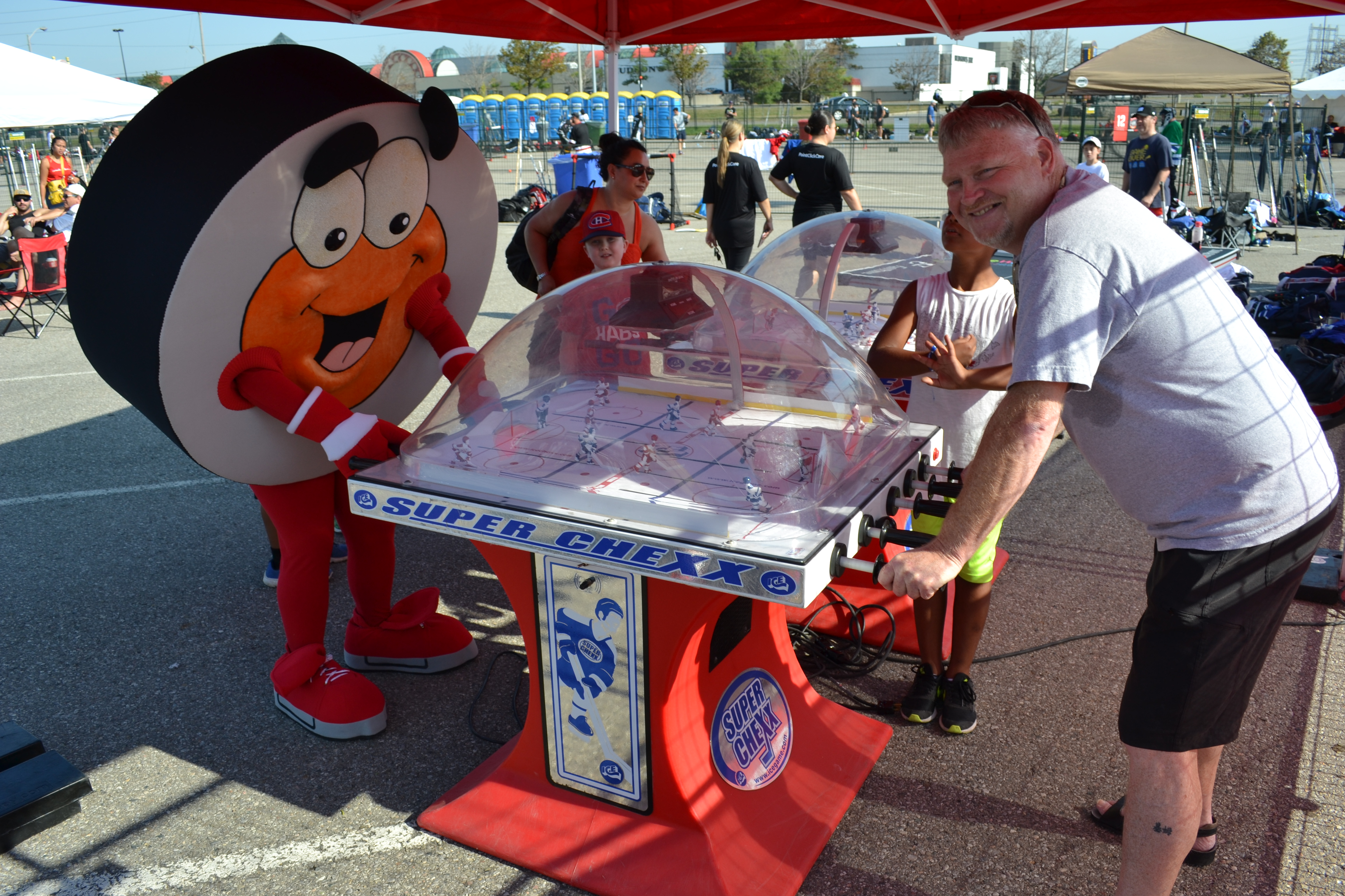 Peter Puck loves table hockey