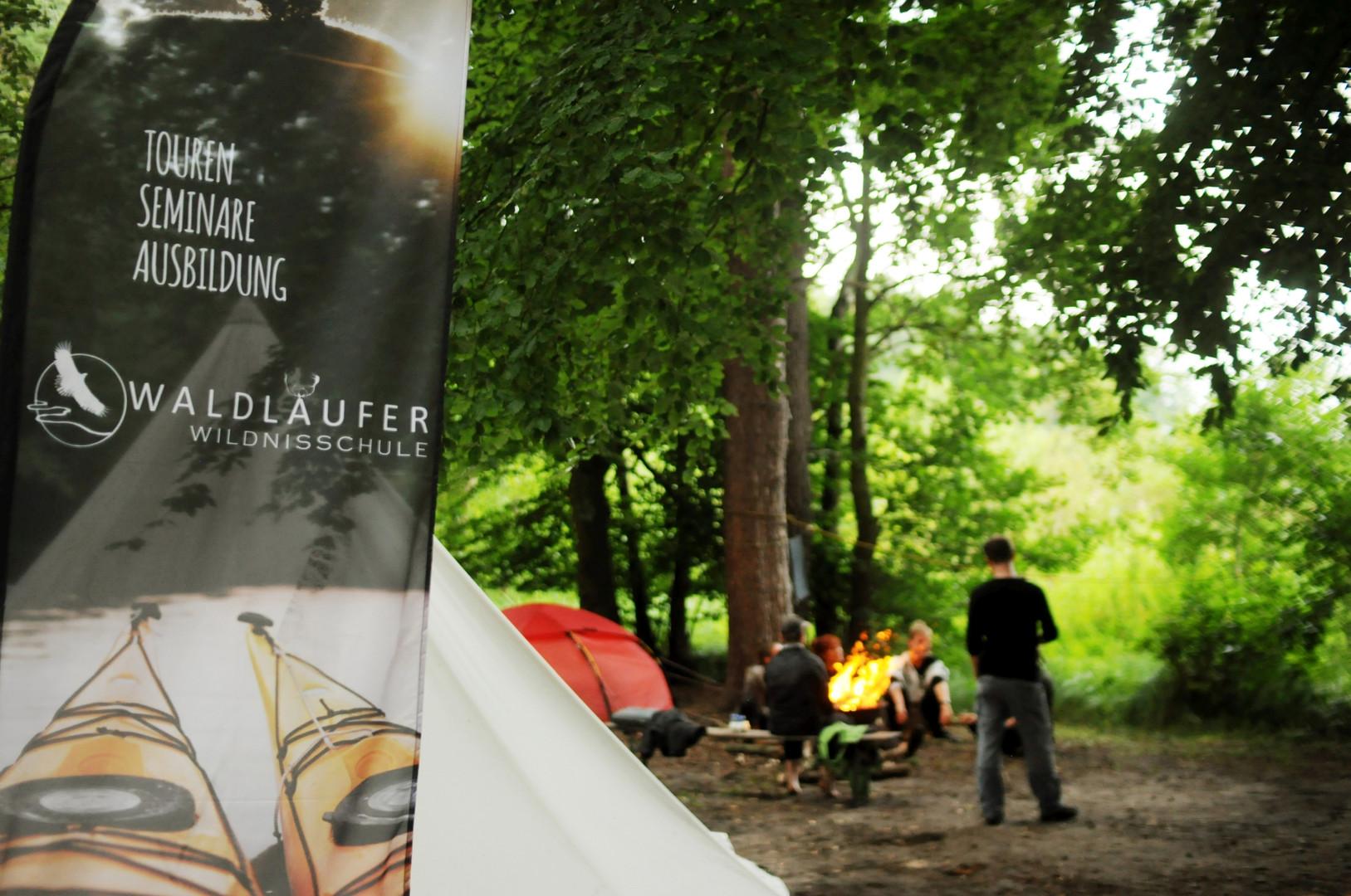 Waldläufer Wildnisschule WL.jpg