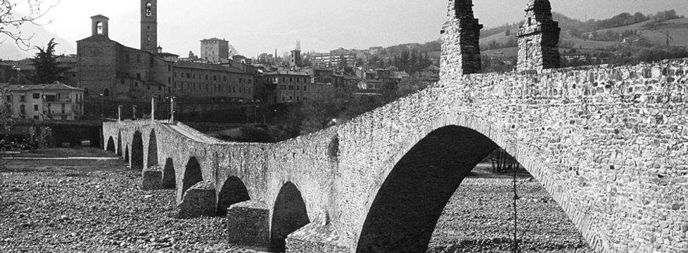 bobbio_bridge.jpg