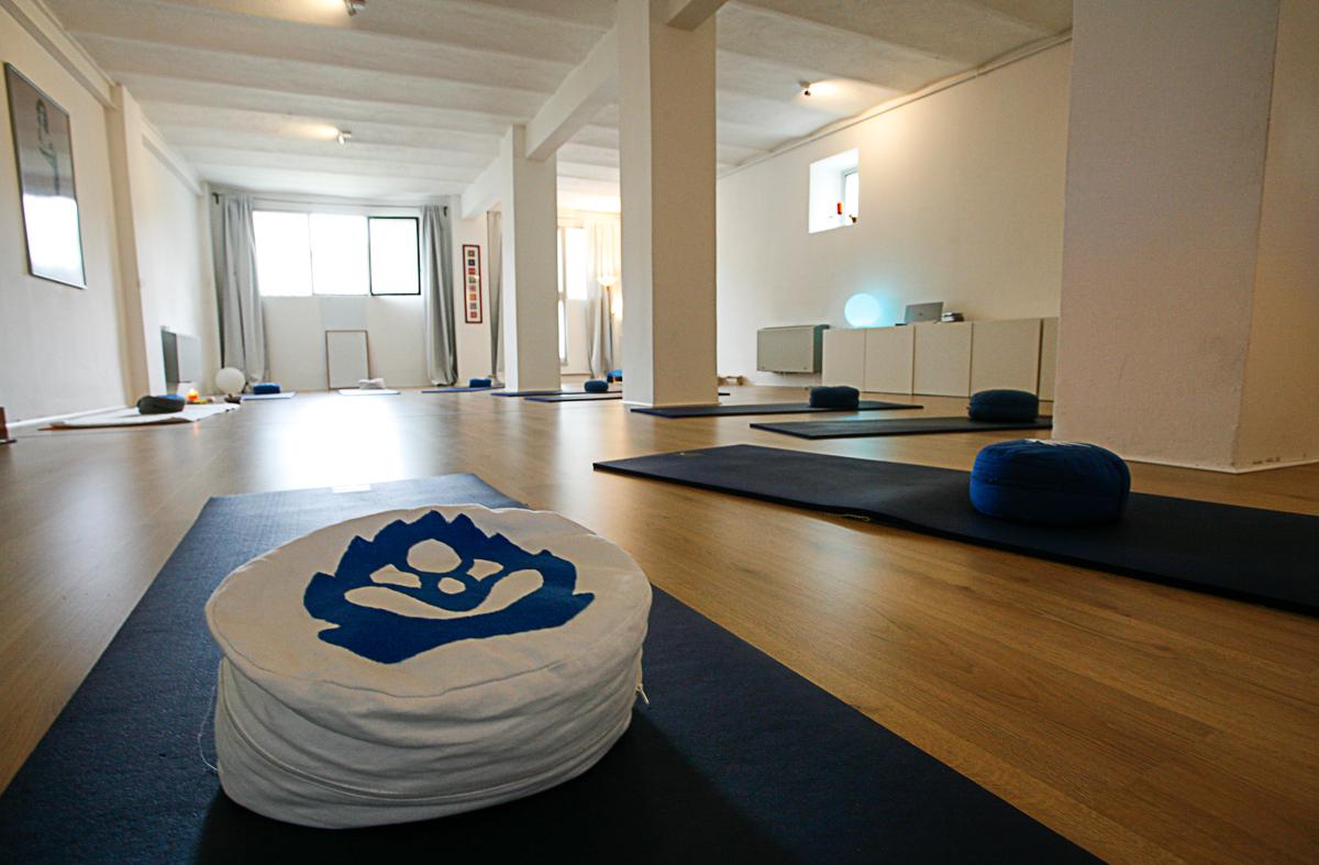 Centro Yoga il Loto Blu - Verbania