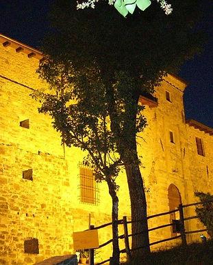 Castello_Malaspina_Gambaro_Ferriere.jpg
