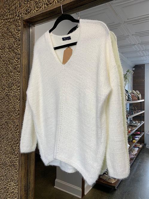 KLd V-neck Fuzzy Sweater White