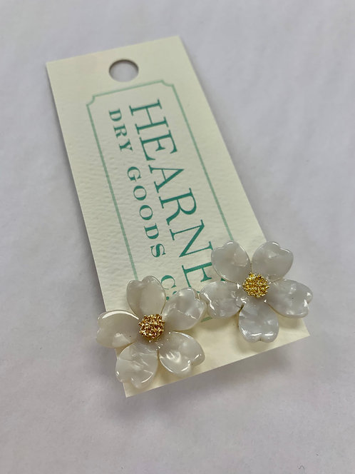 Hearne Dry Goods Mother of Pearl Studs