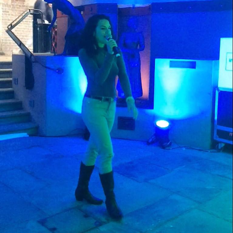 Gigi's London live