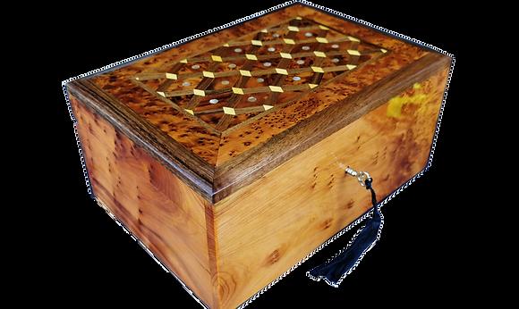 "T115- Inlaid Jewelry Box. Cufflinks storage. Mother Pearl. 10.2x7.4x4.7"""