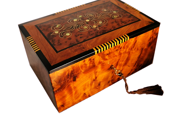 "T132- Stylish Inlaid Jewelry Box. 7.8x5.5x3"". 20x14x10cm"