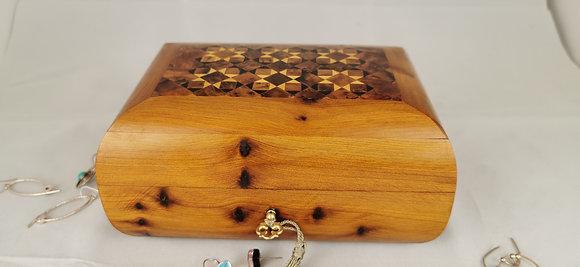 """T87- Inlaid Jewelry Box Thuya Burl  7x4.8x3.4""""// 18x12x8.5cm"""