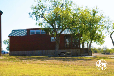 Our cabins provide an extended stay lodging option for those in South Texas