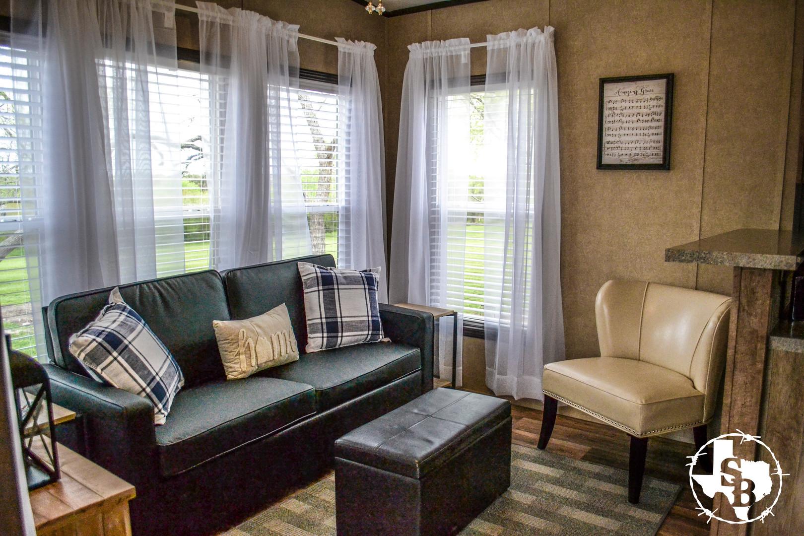 Interior Cabin 5.3.jpg