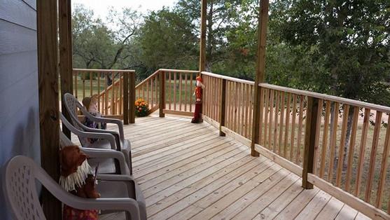 Fall Cabin outside.jpg