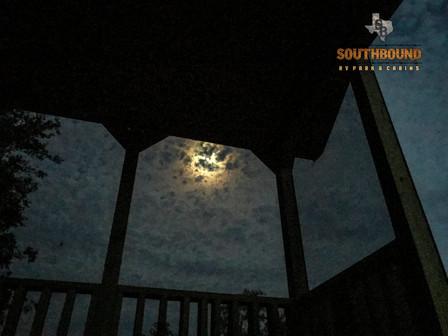Exterior Cabin 9.3.jpg