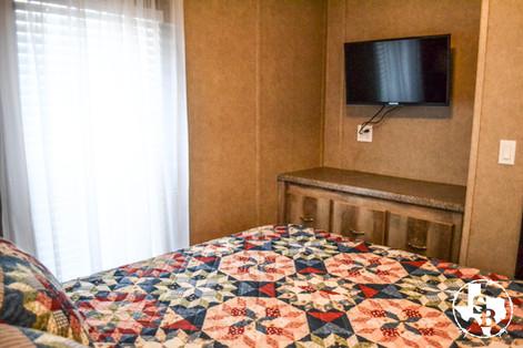 Interior Cabin 5.6.jpg