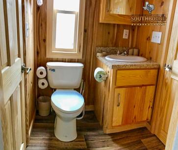 Exterior Cabin 9.4.jpg