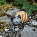 Kind im Schneckenhaus (Maus)