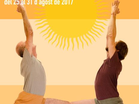 IOGA IYENGAR a la natura - Curs d'estiu 2017