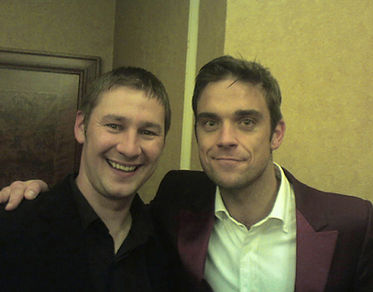 Dorian with the fantastic Robbie Williams
