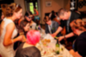 Wedding Table Magician - Dorian