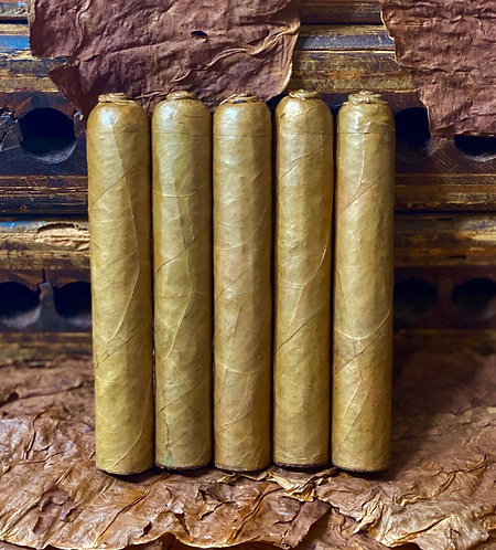 Premium Pig Tail Wide Robusto (5 in x 54 Ring Gauge)