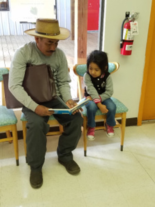 Parents are assisted by bilingual staff to enroll their children in our Head Start services.