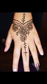 henna18.jpg