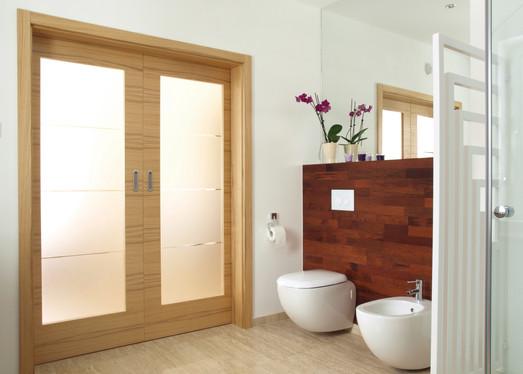 Cover-Bathroom_93501310.jpg
