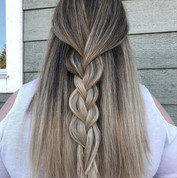 Soft velvet cool blonde done by @kierado