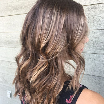 🌸🌸 Loving this summer hair done by Cha