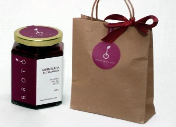 Kit de regalo con mermelada de zarzamora o guayaba.