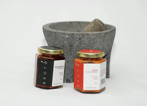Set de regalo con molcajete y salsas brotó