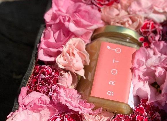 Caja Mediana tonos rosas + producto a elegir