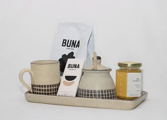 """Set de regalo de chocolate rico, café rico """"Buna"""", mielera, platón y miel"""