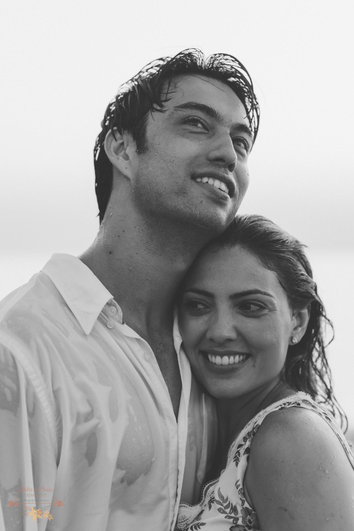 Atelie-na-Praia-Pre-Wedding-Noivos-Carol-Thomas-PQ-3676