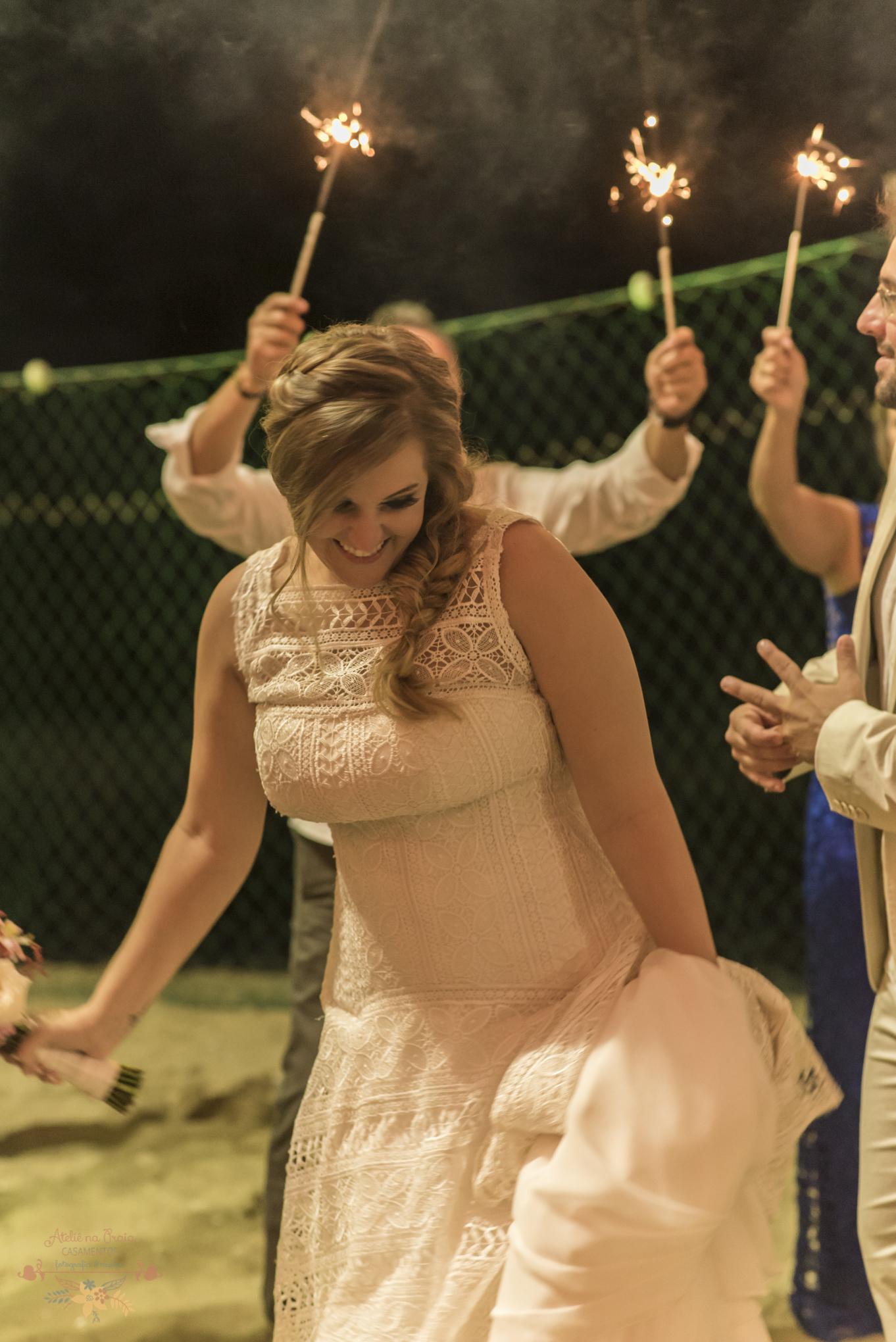 08-Festa-Atelie-na-Praia-Casamento-na-Praia-Erica-Daniel-2-7