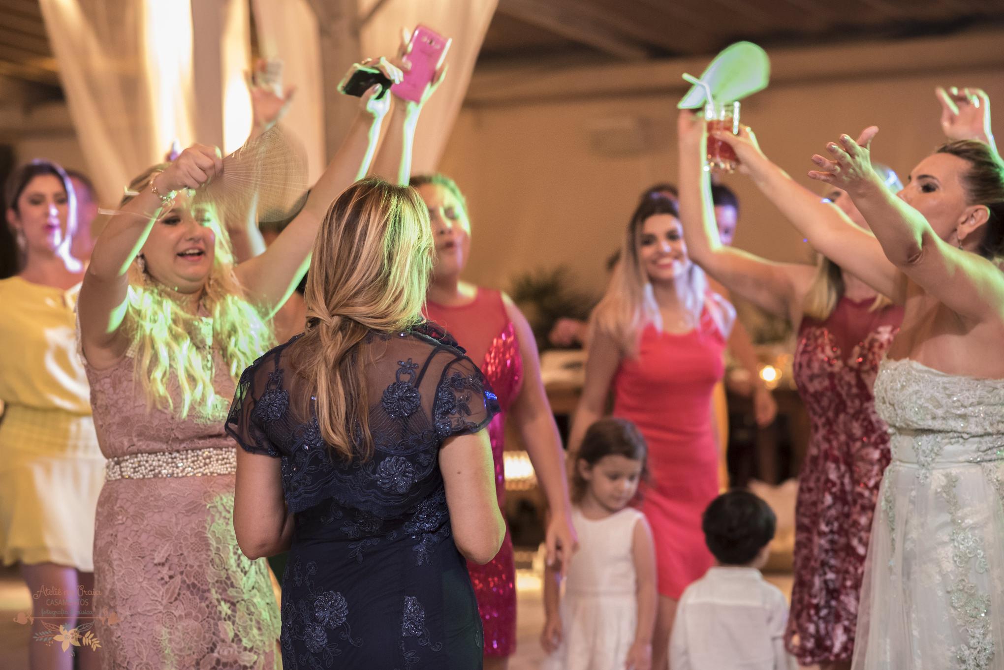 07-Festa-Atelie-na-Praia-Casamento-na-Praia-Natalia-Felipe-PQ-0082A