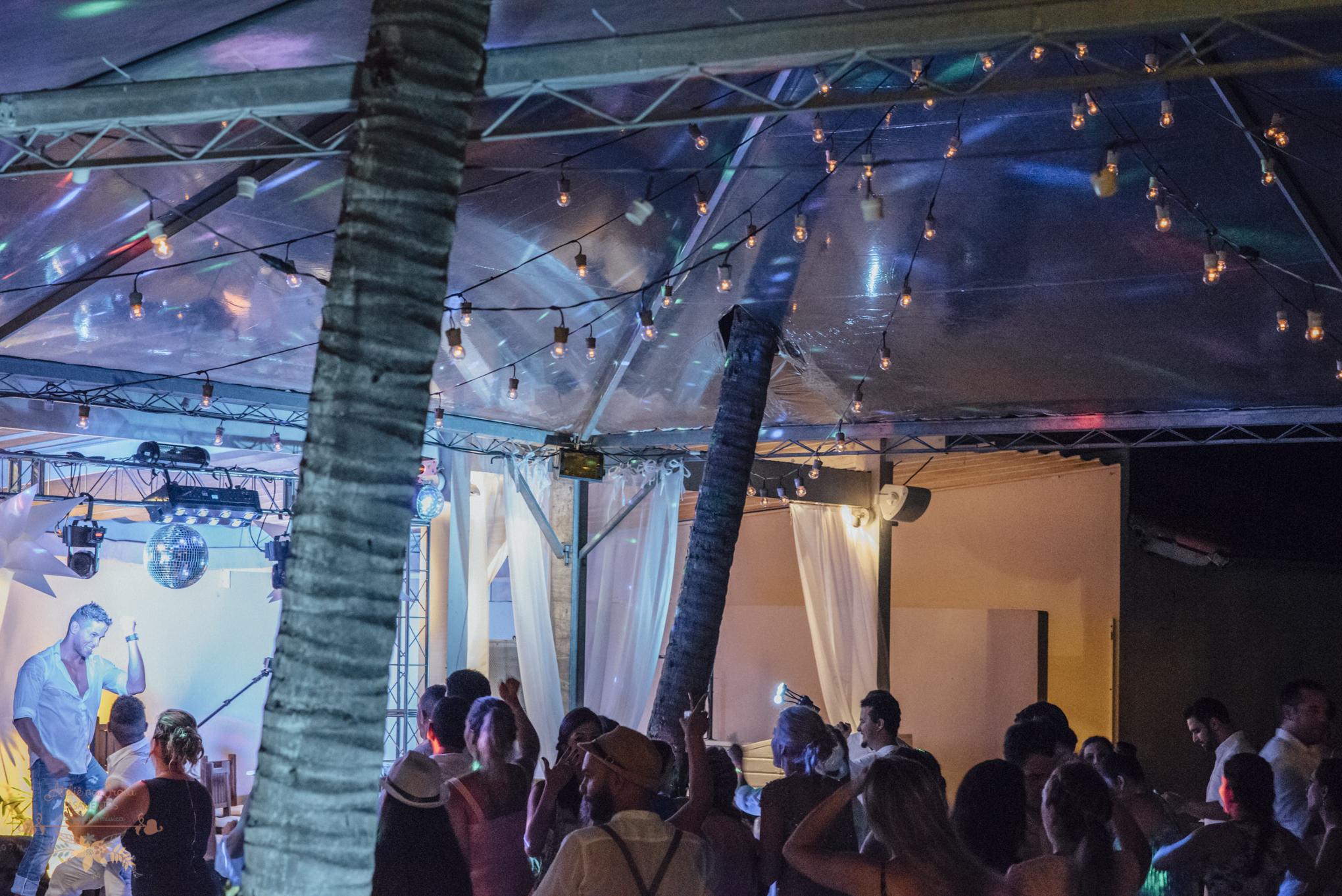 07-Festa-Atelie-na-Praia-Casamento-na-Praia-Natalia-Felipe-PQ-0319A
