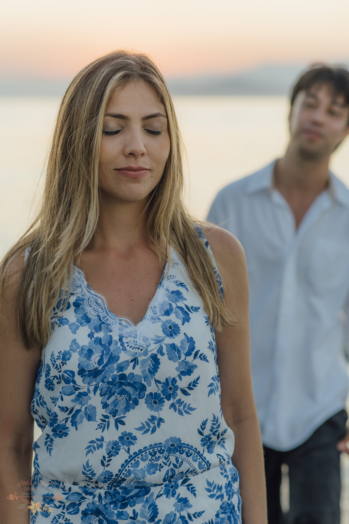 Atelie-na-Praia-Pre-Wedding-Noivos-Carol-Thomas-PQ-3575