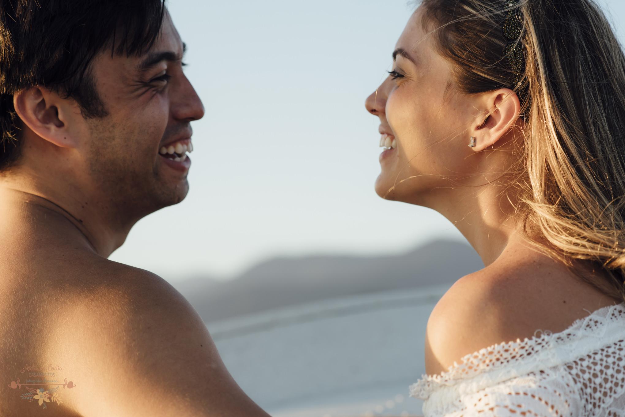 Atelie-na-Praia-Pre-Wedding-Noivos-Carol-Thomas-PQ-3457