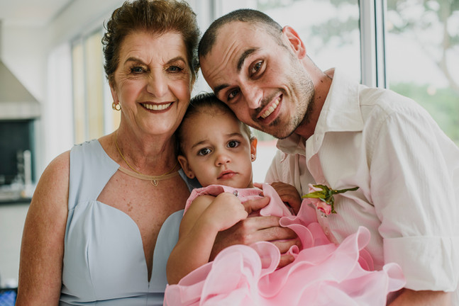 1-Noivos-Atelie-na-Praia-Casamento-Lorra